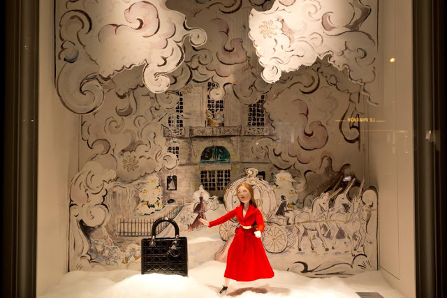 Dior_Printemps_Christmas_Windows_04
