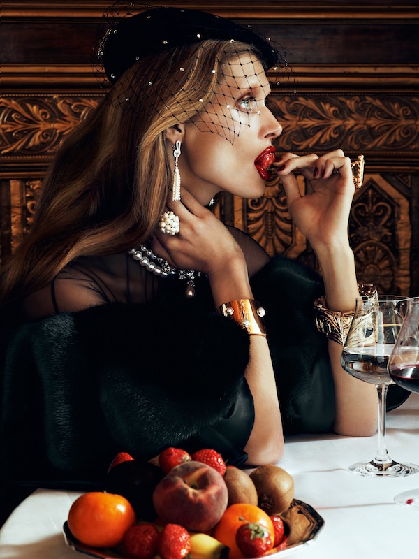 Malgosia Bela by Lachlan Bailey (Chic Ultimate - Vogue Paris August 2012) 1