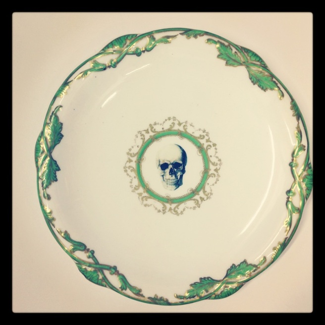 Skull plate green