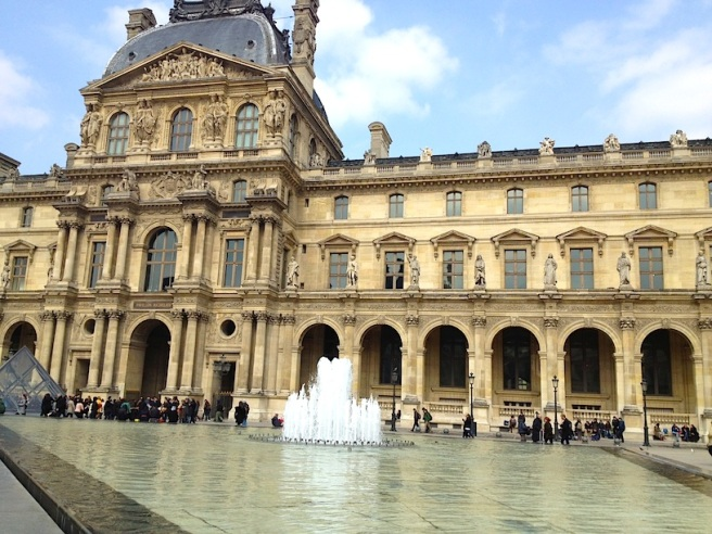6 Louvre 2