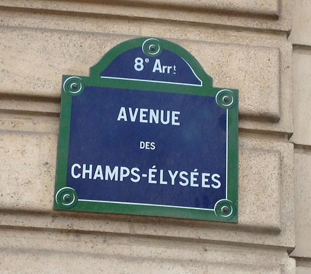 8 Champs Elysees