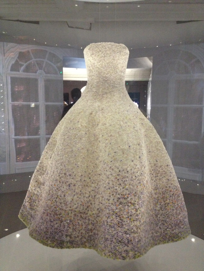 Dior Exhibition 11 - White organze evening dress embroidered with Pointillist layered chiffon. Haute Couture AW2012
