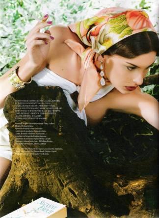 "Vogue Brazil ""Puro Delírio Pop"""