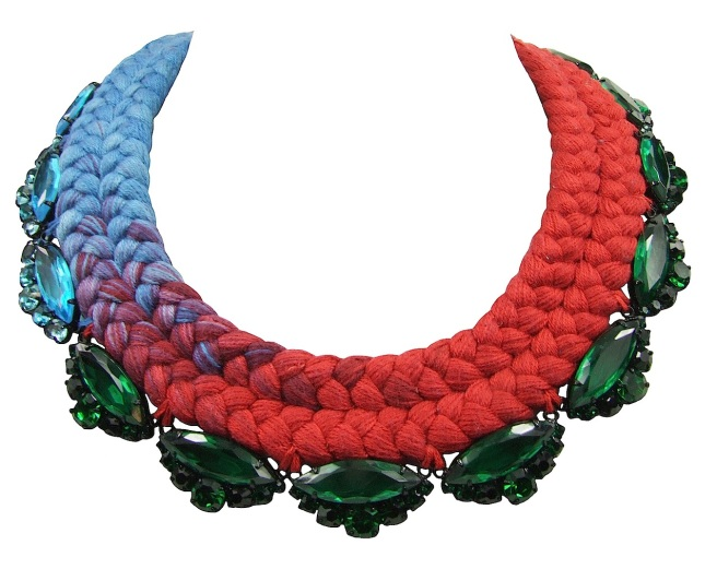 This colourful Paris statement necklace is made with a double collar silk braid, gently changing from bright turquoise to vivid crimson. The braid is embellished with emerald green crystals, gradually changing to turquoise, to match the colours of silk.