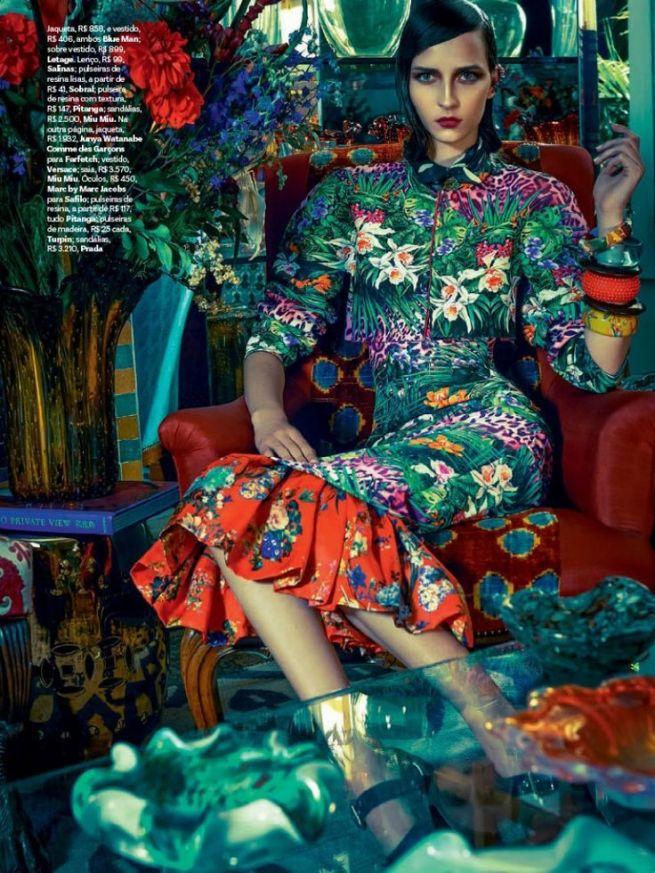 Vogue Brazil Editorial November 2013 - Waleska Gorczevski by Zee Nunes