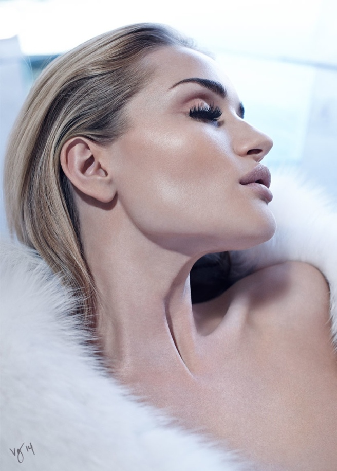 Rosie Huntington-Whiteley WET HOT SUMMER editorial for Violet Magazine